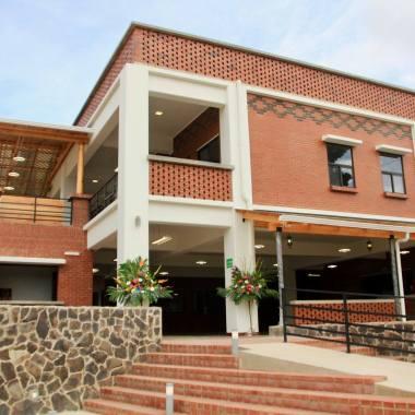 New Colegio Impacto