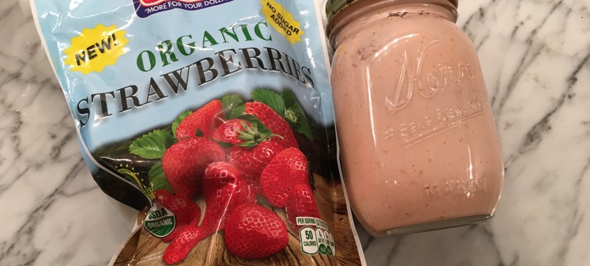 Best Strawberry Smoothie Recipe Ever